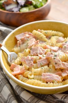 Syn Free Quick Creamy Pasta is perfect for an easy lunch or dinner and combines just a few ingredients for a tasty flavoursome dish. Occasionally I just want a quick simple meal that I Slimming World Pasta Dishes, Slimming World Dinners, Slimming World Recipes Syn Free, Slimming Eats, Quick Lunch Recipes, Easy Pasta Recipes, Easy Healthy Recipes, Quick Easy Meals, Free Recipes