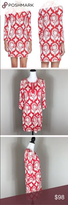 DVF Reina Silk Jersey Tunic Dress in Red Diane Von Furstenberg Reina Silk Jersey Tunic Dress in Red. Size 12. Approximate measurements flat laid are 34' long, 17' sleeves, and 19' bust. Pre-owned condition with no major flaws, stains, or tears.  Dry cleaning tag is a heat press sticker on label. ❌I do not Trade 🙅🏻 Or model💲 Posh Transactions ONLY Diane Von Furstenberg Dresses Mini