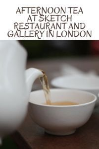 Looking for a fun and quirky place for Afternoon Tea In London? Check our why Sketch Restaurant and Gallery in Mayfair, London is unforgettable. Travel With Kids, Family Travel, Sketch Restaurant, Galleries In London, Best Blogs, London Travel, Foodie Travel, High Tea, Places To Eat