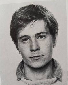 So soft, so young, so handsome ❤ Gary Oldman ❤ Actors Male, Handsome Actors, Actors & Actresses, Gary Oldman Sirius, Leonardo Dicapro, Sid And Nancy, Tim Roth, Young Celebrities, Movies