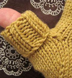 mitten, knit or crochet on Pinterest Mittens, Mittens Pattern and Fingerles...