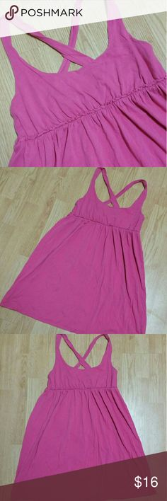 Cross back sun dress Adorable and lightweight dress, that's soft and comfy. Great condition! Empire waist, bust runs a smidge small. Mossimo Supply Co Dresses Mini