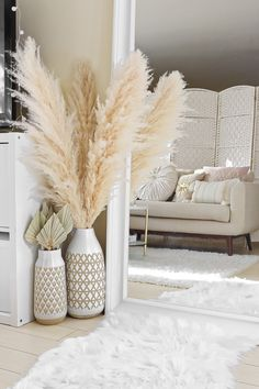 Boho Living Room, Home And Living, Living Room Decor, Bedroom Decor, Flower Room Decor, Grass Decor, Home Room Design, Fall Home Decor, Home Fashion