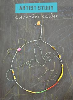 kids make faces from wire in the style of American artist and sculptor Alexander Calder You are in the right place about Art Education christmas Here we offer you the most beautiful pictures about the Alexander Calder, Artists For Kids, Art For Kids, Kids Study, 7 Arts, Ecole Art, Art Lessons Elementary, Art Lesson Plans, Art Classroom