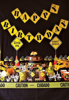 {Dangerously Cute!} Construction Party Ideas // Hostess with the Mostess®