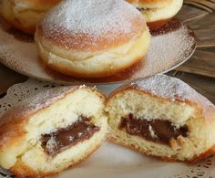 Germany might have the longest celebration period, starting in November and going through to the end of winter. A popular dish in Germany during this season is krapfen, a tasty jam filled doughnut. Donut Recipes, Dessert Recipes, Cooking Recipes, Donuts, Italian Desserts, Italian Recipes, Bread And Pastries, Pastry Cake, Food Gifts