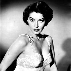 """""""I wish to live to 150 years old, but the day I die, I wish it to be with a cigarette in one hand and a glass of whiskey in the other."""" Ava Gardner"""