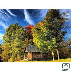 Vermont  ✨ Photographer  @birchrunbob ✨  #ScenesofNewEngland  Pic of the Day  10.24.15 ✨ C o n g r a t u l a t i o n s ✨ #scenesofVT #riptonVT #middleburyVT #igvermont #vermont_potd  #logcabin #middleburysummercollege #middleburycollege  #vermont_explore #explorevermont #travelvermont ...