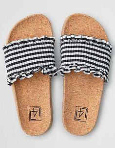 Lust for Life Alexa Gingham Footbed Sandal Teen Girl Shoes, Girls Flats, Pretty Sandals, Cute Sandals, Cute Shoes For Teens, Sock Shoes, Shoe Boots, Afro, Cute Slippers