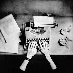 love typewriters. so vintage.