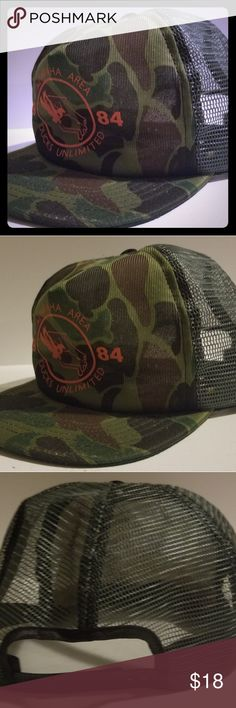 b338abe91c2 Vintage Ducks Unlimited 1984 Camo Trucker Hat Vintage Ducks Unlimited 1984  Altamaha Area Camo Trucker style hat with snapback adjustment.