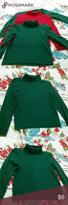 Boys Green Turtleneck Purchase 1 or both of these green boys turtlenecks. They are size 7 and are by J. Khaki Kids.   They have been gently worn.   Please see my photos for more detail. I have included a size chart if needed. J Khaki Shirts & Tops Tees - Long Sleeve