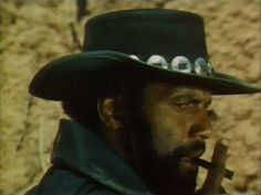 Adiós Amigo  - FULL MOVIE - Watch Free Full Movies Online: click and SUBSCRIBE Anton Pictures  FULL MOVIE LIST: www.YouTube.com/AntonPictures - George Anton -   *** Richard Pryor *** An African-American man living on the prarie is befriended by a scheming drifter.The cowboy's crimes are blamed on another man.