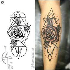 Black and grey geometric rose tattoo geometric rose tattoo, geometric flower, geometric tattoo design Hand Tattoos, Love Tattoos, New Tattoos, Body Art Tattoos, Tattoos For Guys, Piercing Tattoo, Piercings, Geometric Rose Tattoo, Geometric Tattoo Design