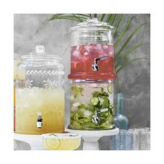 Williams-Sonoma Double-Wall Glass Beverage Dispenser ($80) ❤ liked on Polyvore featuring home, kitchen & dining, serveware, glass vessel, beverage dispenser, glass drink dispensers, stackable beverage dispenser and beverage server