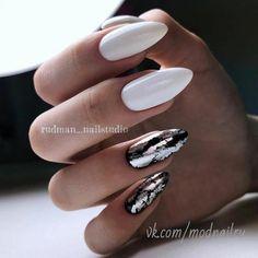 New Trendy Of Stiletto Nails Arts Design Stiletto Nail Art, Acrylic Nails, Hot Nails, Hair And Nails, Black Nail Art, Gel Nagel Design, Nails 2018, Nagel Gel, Nail Art Hacks