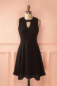 Jeynissa - Little black dress with choker-style neck