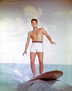 Blue Hawaii' Elvis Presley poses for a publicity still to promote Blue Hawaii in Los Angeles, circa 1961.