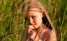 """Little-girl-pigtails-summer-sun-Mi apro al mondo con la grazia di una timidezza che quasi non esiste più...  e torno con lo sguardo a quel cielo che con tanta tenerezza mi aveva sorpreso mentre chiedevo  al vento di Primavera, una sola manciata di piccolissimi fiori...  """"Michela Franchi"""""""