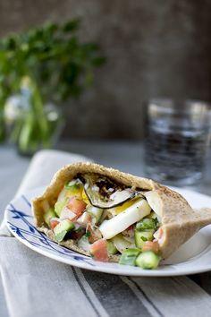 Sabich (Israeli Vegetarian Sandwich) for #Food of the World Recipe   cookshideout