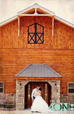 Timber Line Barn - Wedding & Event Venue : Southwest Missouri : www.timberlinebarn.com :  Missouri Weddings, Barn Weddings, Rustic Weddings, Bride, Outdoor Weddings, Lodge Style, Newlywed Suite, Wedding Day, Bridal, Country Wedding ... Find us on Facebook!