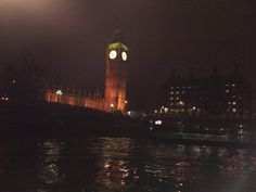 London in the night time House Music, Night Time, Big Ben, London, Building, Travel, Big Ben London, Viajes, Buildings
