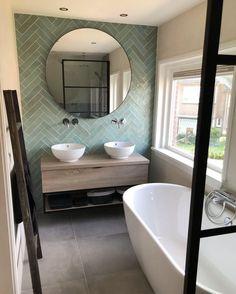 Bathroom Design Small, Bathroom Interior Design, Modern Bathroom, Narrow Bathroom, Interior Modern, Family Bathroom, Laundry In Bathroom, Bathroom Goals, Upstairs Bathrooms