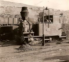 old STEAM LOCOMOTIVES in South Africa: RENISHAW Sugar Estate: Renishaw No 2 - Avonside 1986/1926 Locomotive Engine, Steam Locomotive, Train Tracks, Train Rides, South African Railways, Train System, Steam Railway, Abandoned Train, Old Trains