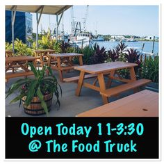 #Food @cravefoodtruckstaug  Heyyooohh  Happy Friday everybody  Hope you all enjoyed your Thanksgiving festivities  WE ARE BACK OPEN for normal hours today & tomorrow at the Food Truck only So come on out n fuel up while you're out n about with some fresh healthy lunch  Can't wait to see you all soon  #instafood  #staug #staugustine #eatlocal #staugfoodies #904happyhour #foodie #wellness #flaglercollege #healthyfood #salad #wrap #smoothie #fitnessfood #vegan #paleo #glutenfree #eatclean…