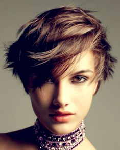 Short Haircuts with Bangs – Side Swept, Choppy & Straight Across Bangs – Latest Bob HairStyles Straight Across Bangs, Brown Straight Hair, Short Brown Hair, Short Hair Cuts, Short Hair Styles, Short Haircuts With Bangs, Popular Short Hairstyles, Short Hairstyles For Women, Hairstyles With Bangs