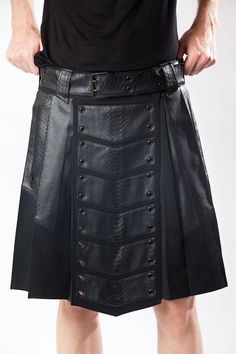 8f6bd2302bbf MEN S VENOM KILT - Black Vegan Leather Burning Man Apocalyptic Festival Mad  Max Utility Military Pocket Gothic Goth Tribal Wasteland Nomad