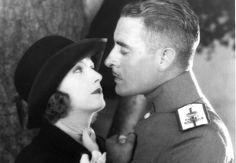 Adore Garbo's modified elongated bowler. So pretty.  Love, 1927 | Silent Film, Greta Garbo and John Gilbert