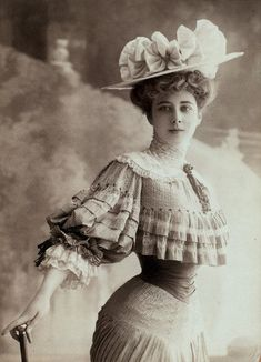 The perfect Gibson Girl.  I dreamed of having hair long enough to put up Gibson Girl style.