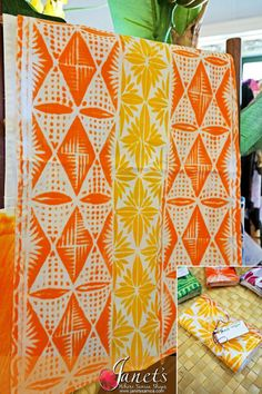 Janet's - Pacific Tea Towels T106, 13.50 AUD (http://www.janetssamoa.com/pacific-tea-towels-t106/)      Made from high grade cotton/linen     Block printed with Samoan and Pacific Island Imagery and Patterns     Samoa Pure - Made in Samoa exclusively for Janet's