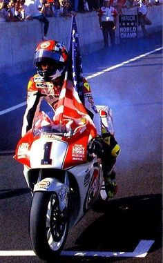 Gp Moto, Race Around The World, Suzuki Gsx, Racing Motorcycles, Road Racing, Motogp, Grand Prix, My Idol, Honda