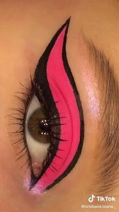 Edgy Makeup, Makeup Eye Looks, Eye Makeup Art, Crazy Makeup, Smokey Eye Makeup, Eyebrow Makeup, Skin Makeup, Eyeshadow Makeup, Eye Art