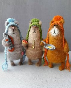 Embroidery cat mice 50 ideas for 2019 Needle Felted Animals, Felt Animals, Crochet Animals, Needle Felting, Crochet Mouse, Crochet Dolls, Crochet Baby, Knitting Patterns, Crochet Patterns