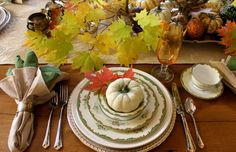 """Thanksgiving Tablescape from DIY user """"FarAboveRubies"""" >> http://diy.roomzaar.com/rate-my-space/Holidays/Thanksgiving-Table-/detail.esi?oid=26033975=pinterest#"""