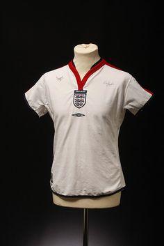England Football Shirt (Home, 2003-2004)
