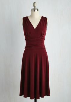 Travel Dazzle 'Em Dress. From takeoff to your first talk of the conference, this burgundy dress delights those with an eye for posh professionalism! #red #modcloth