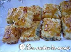 Hojaldre relleno de roquefort Antipasto, Cooking Time, Cooking Recipes, Puerto Rican Dishes, Mexican Bread, Vol Au Vent, Toast, Spanish Tapas, Puff Pastry Recipes