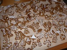 Zdravě jíst: Vánoce - Měkounké žitné perníčky Christmas Cookies, Animal Print Rug, Baking, Sweet, Home Decor, Fit, Xmas Cookies, Candy, Decoration Home