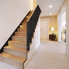 The strong tones of the solid wood staircase in oak are made of light materials in Treppe Wood Staircase, Stair Railing, Staircase Design, Escalier Design, Bedroom Murals, Interior Stairs, House Stairs, Living Room Flooring, Room Doors