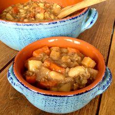 Le repas idéal si vous voulez que vos enfants mangent trois bol. Ingrédients (pour 6-8 personnes): 1 gros oignon, haché 1 gousse d'ail, hachée 1 petit navet, en dés 2 grosse carottes, en demi…