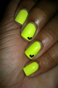 Today's mani has a story to go with it (I feel like it's becoming a pattern lol). Neon Yellow Nails, Yellow Nail Art, Bright Summer Nails, Neon Nails, Funky Nails, Love Nails, How To Do Nails, Pretty Nails, Christmas Nail Art Designs