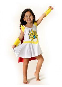 Fantasia infantil de algodão ou Camisola She-ra. Malha 100% algodão, colorida, confortável, aplicada e bordada. Acompanha capa destacável. Criada com todo o carinho para encantar uma Super Heroína.
