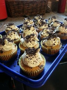 Kalissa took a recipe from Pinterest and made these cupcakes for Jo's Country Junction. And in an odd turn of events, they are now back on Pinterest. Enjoy, while I have an intense discussion of philosophy with myself!