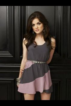 "Pretty Little Liars Lucy Hale as ""Aria Montgomery"" Pretty Little Liars Promo, Pretty Little Liars Seasons, Pretty Little Liars Fashion, Lucie Hale, Estilo Aria Montgomery, Aria Montgomery Makeup, Lucy Hale Style, Aria Style, Pll Outfits"