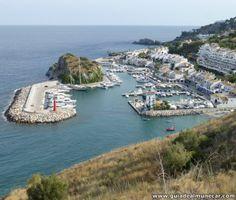 Puerto deportivo y urbanización Marina del Este, Almuñécar, Costa Tropical de Granada. www.guiadealmunecar.com