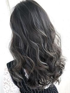 Asian Hair Highlights, Hair Color Streaks, Black Hair With Highlights, Hair Color And Cut, Charcoal Hair, Korean Hair Color, Mushroom Hair, Ulzzang Hair, Hair Romance